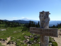 Junction of Snowgrass trail and PCT